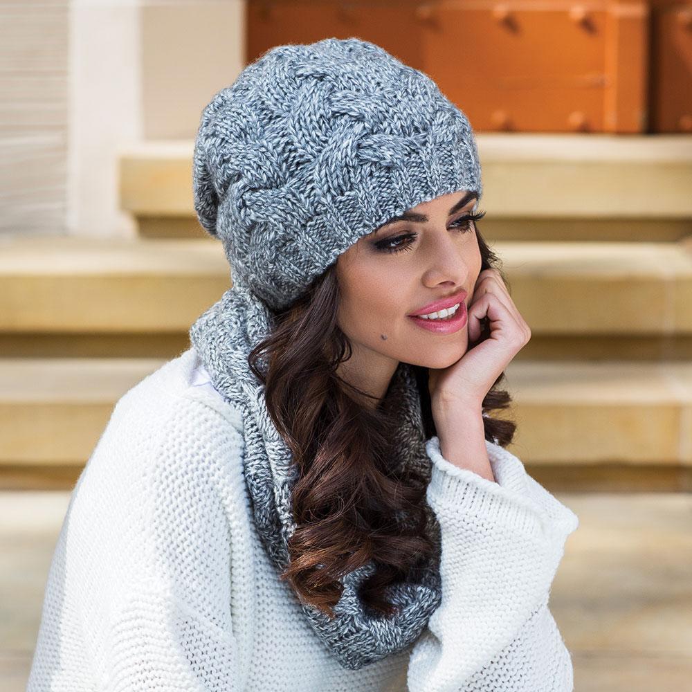 Фото вязания женских шапок 34