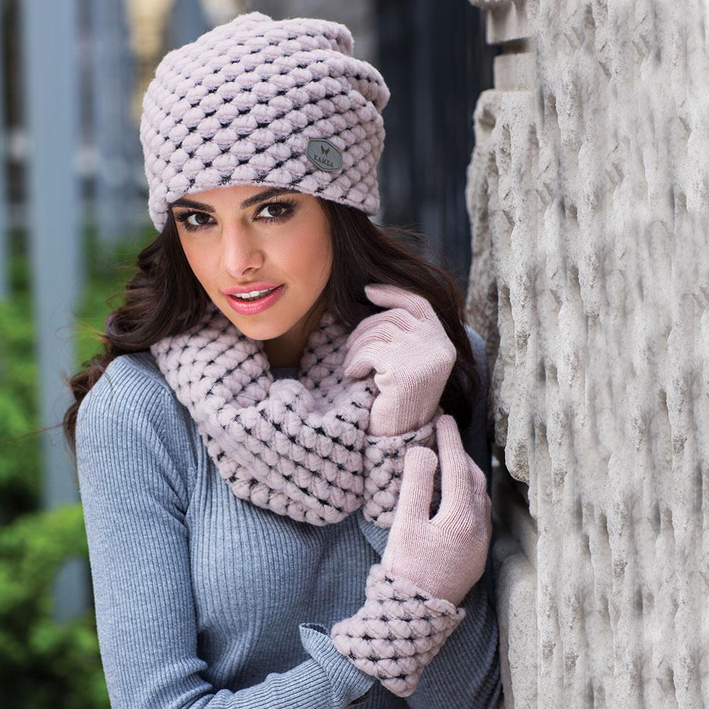 Фото вязания женских шапок 104
